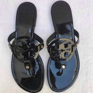 TORY BURCH 10 black sandals